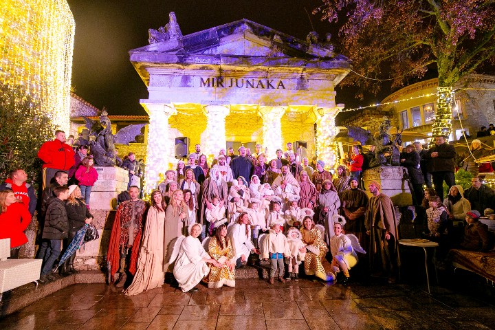 Žive jaslice na blagdan Sveta tri kralja obilježavaju kraj adventa na Gradini!