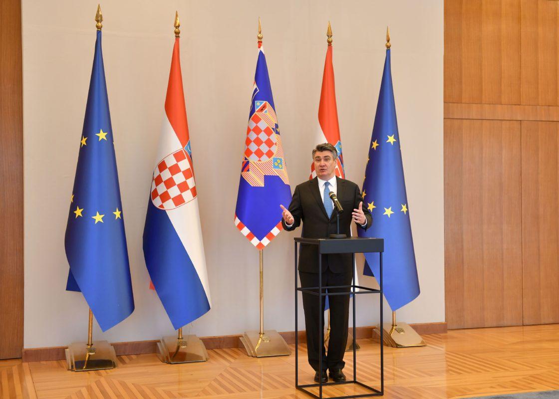 Milanović odličan u kriznoj izjavi oko koronevirusa