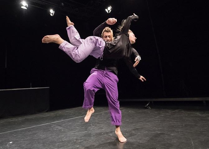 "Port of Dance: Fizički, sirov i intiman duet predstave BEAT ""I just wish to feel you"" u HKD-u"