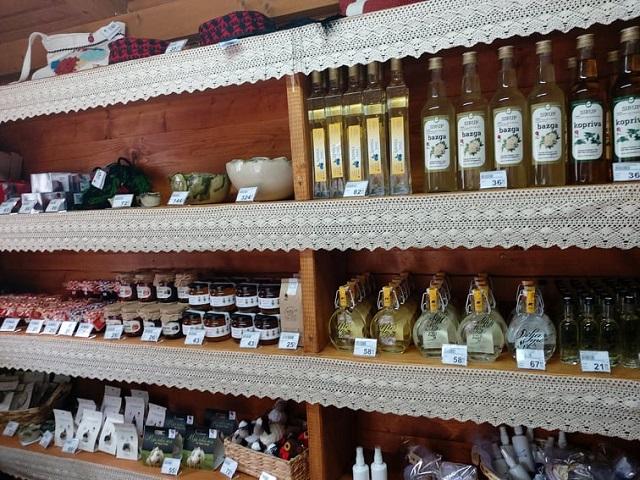 Otvoreno zajedničko prodajno mjesto Lika Quality proizvoda u NP Plitvička jezera