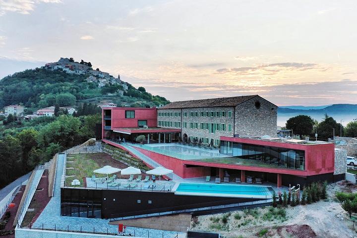 Motovun ponovo postaje mjesto vrhunskog gourmet doživljaja uz novo izdanje Roses & Wine eventa