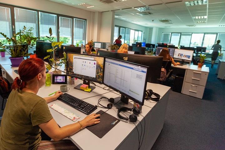 Tvrtka C.M.G.C. iz Pule posluje na preko 80 tržišta diljem svijeta za nekoliko Fortune 500 tvrtki