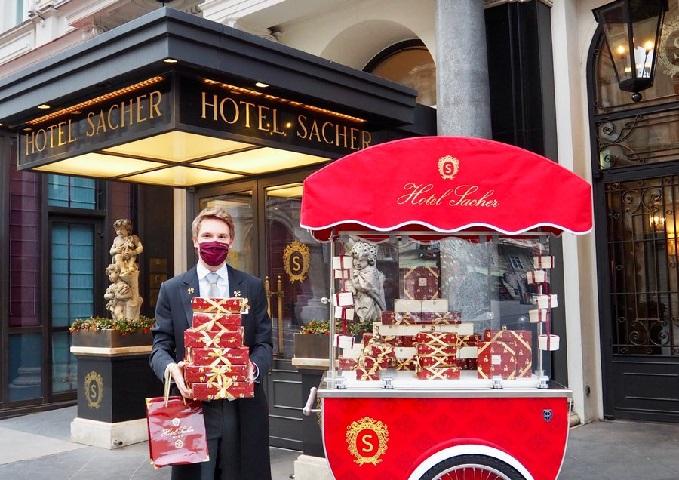 """Čuveni hotel Sacher otvorio """"najslađi"""" drive-in u Beču"""