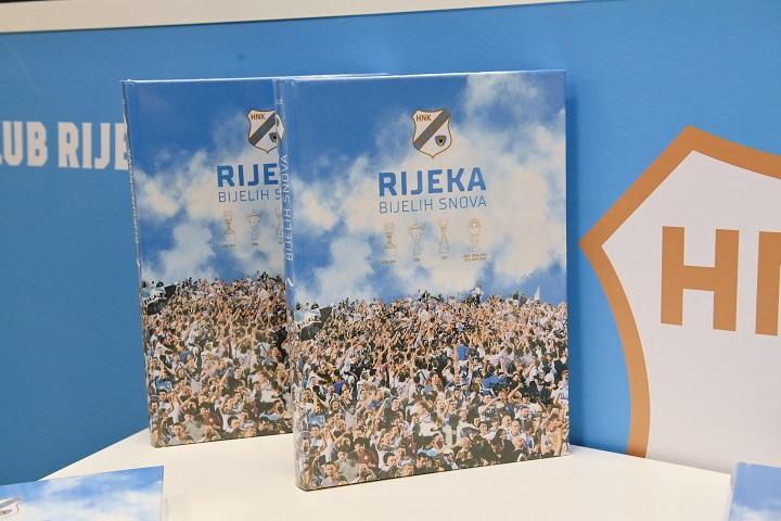 """HNK Rijeka predstavio monografiju """"Rijeka bijelih snova"""""""