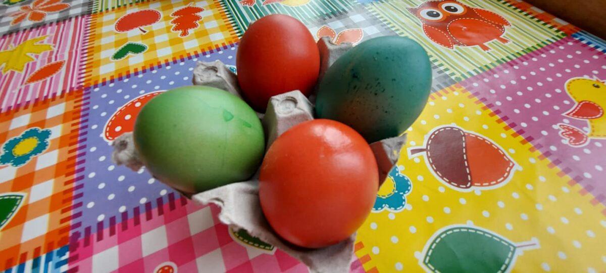 Koliko se dugo od kuhanja jaja mogu jesti i što ako je žumanjak zelen?